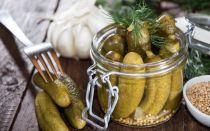 Маринованные огурцы с сухой горчицей и горчичными зернами
