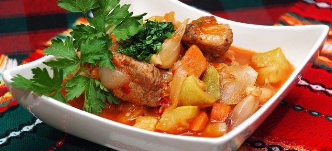 Готовим рагу мясное с овощами: просто и со вкусом
