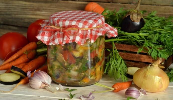 Вкусный салат на зиму