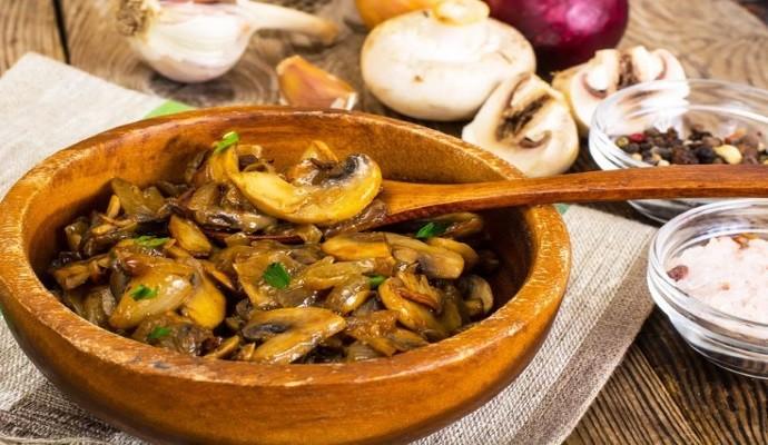 Вкусное блюдо с грибами