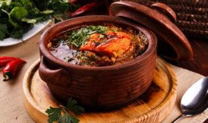 Острое грузинское блюдо