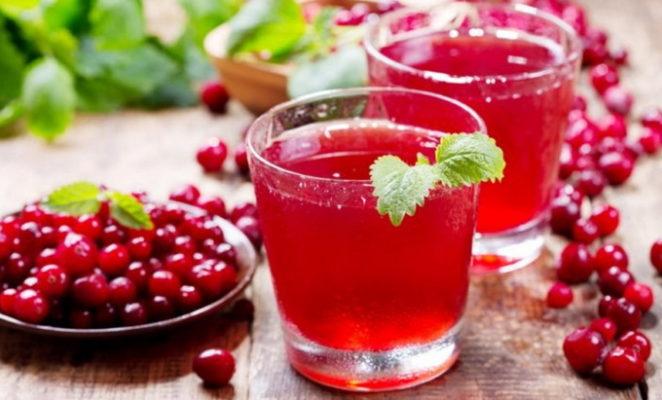 Как правильно сварить кисель из ягод и крахмала?
