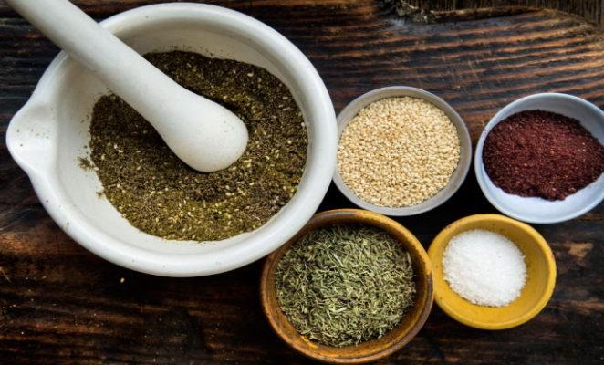 Какие специи и пряности содержит приправа для сациви?