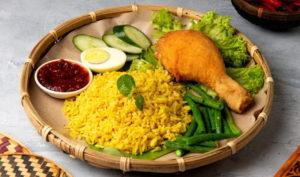 Рис с куркумой к курице